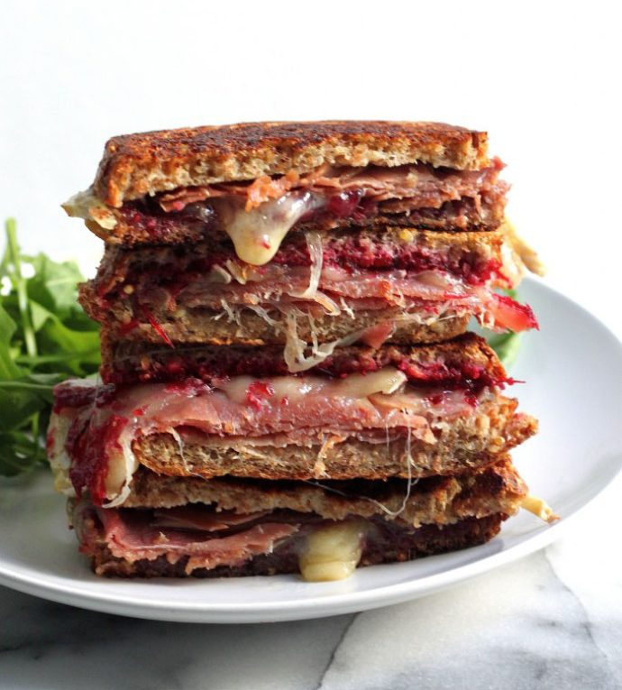 cranberry-brie-and-prosciutto-grilled-cheese